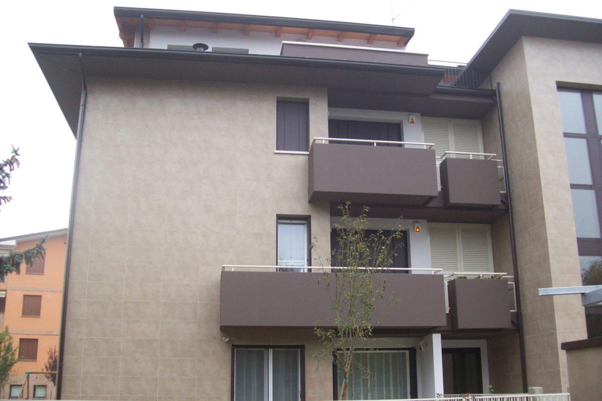 Balcone tinteggiato